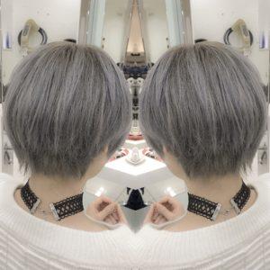 《ホワイトアッシュヘアー》表参道・青山でホワイトヘアーやホワイトアッシュなどホワイト系ヘアカラーが得意な美容師のブログ